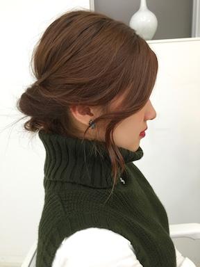 低め&ゆるめがかわいい簡単まとめ髪