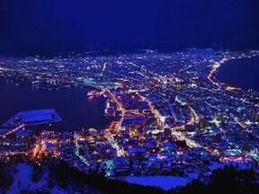 世界三大夜景の一つ「函館山の夜景」
