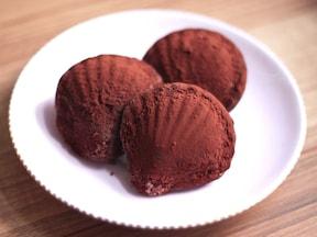 卵1個でできるチョコレートマドレーヌ