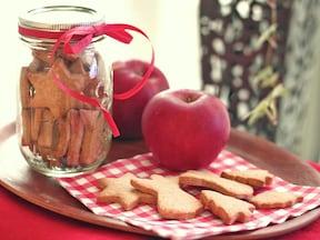 ツリーにも飾れるクリスマスクッキー