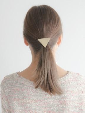 飾りゴムだけでキレイなひとつ結びを作る方法
