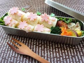 魚肉ソーセージのお花で華やかに! サンドイッチ弁当