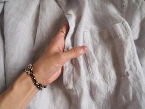 春から秋までガンガン着られるリネンシャツはコスパ抜群