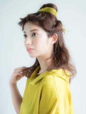 7. ベル風華やかハーフアップアレンジ(美女と野獣)