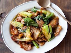 チンゲン菜と豚肉のピリ辛炒め