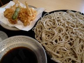 漫画『美味しんぼ』でもツユが日本一だと紹介された「並木藪」
