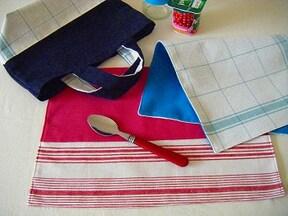 「ランチマット」はあまり布を使って作れる