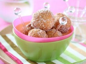 ビニール袋一枚で簡単人気レシピ!おいしい一口サイズのドーナツ