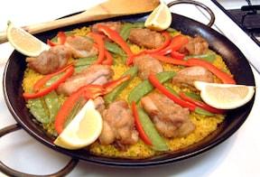 スペイン料理のパエリアを鶏肉で作るおすすめレシピ