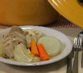 トロトロ野菜と柔らか厚切り豚ロースがおいしいポトフの簡単レシピ