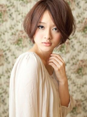 前髪長めの小顔スタイル