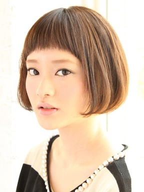 ぱっつん前髪で面長カバー