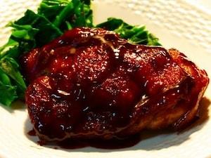 鶏肉の赤ワインソース