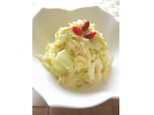 帆立とセロリのサラダ