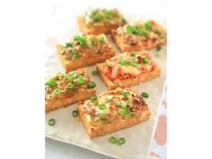 簡単! 厚揚げのブルスケッタ風ねぎ味噌&キムチチーズ