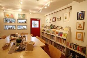 作家さんがオーナーのギャラリー&カフェ/鎌倉