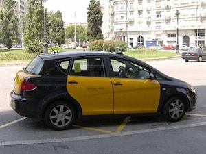 【スペイン】バルセロナのタクシーはキュートなフォルム&カラー