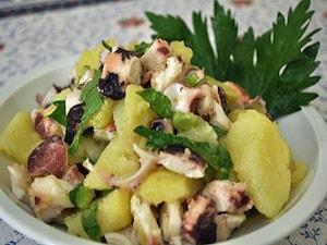 タコとジャガイモのサラダ