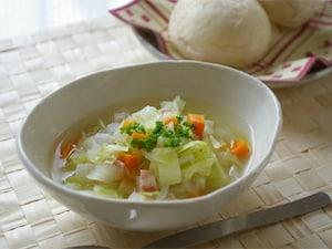野菜いっぱい栄養スープ