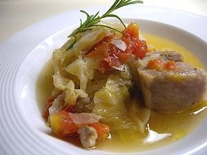 キャベツと豚肉の煮込み