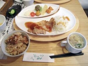すゞめ (旧むっつぼし 金沢駅百番街店)