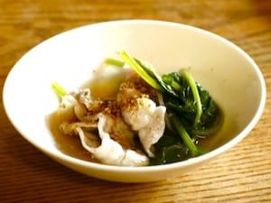 豚肉と小松菜の日本酒しゃぶしゃぶ