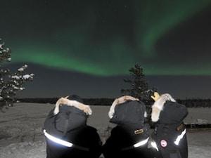 2位:極北の空に舞う神秘の光!イエローナイフのオーロラ