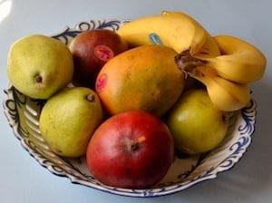 フルーツをかじるだけでも!