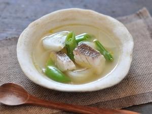 鯛と新たまねぎのスープ