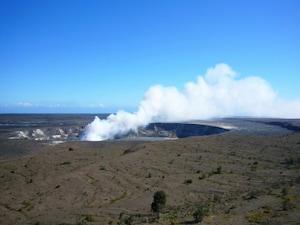 ハワイ島の溶岩観察