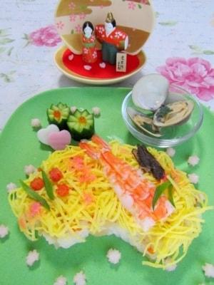桃の節句 扇形ちらし寿司