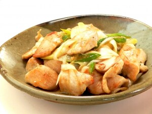 ポン酢と柚子胡椒でさっぱり。鶏むね肉炒め