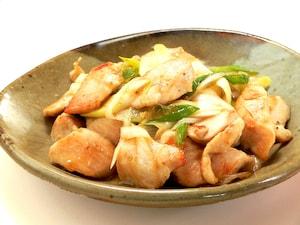 さっぱりヘルシーな、鶏むね肉の柚子胡椒炒め