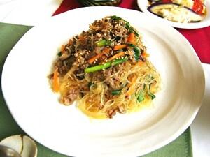 甘辛の春雨が麺感覚♪韓国風チャプチェ