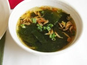 即席・わかめ&桜海老スープ