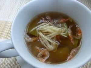 桜えびと冬瓜のスープ