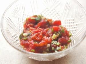 「オクラのトマト煮」夏を感じる10分レシピ