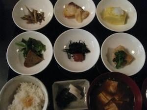 豆寅 祇園店(旧店名:かわ富)|ちょっと贅沢に京懐石で和食ランチ