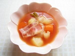 柔らかい根菜がたっぷり トマトベーコンのポトフ