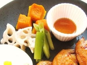季節の蒸し野菜、塩ダレ添え