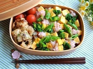 春野菜と蟹の雛ちらし寿司弁当