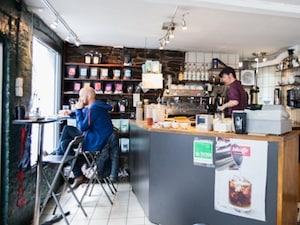 旅人を癒すベルゲンの北欧カフェ