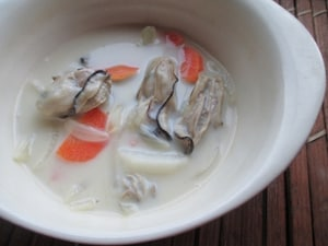 牡蠣のココナッツオイル豆乳スープ
