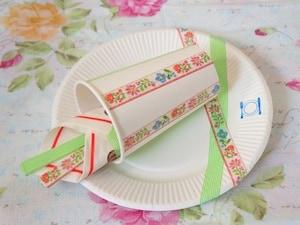 白い紙皿や紙コップをキュートにアレンジ