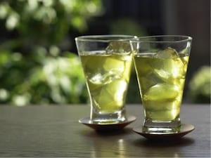ビタミンCやミネラルが摂取できる「緑茶」
