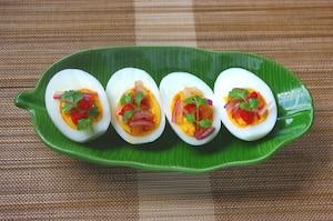 ゆで卵のピリ辛おつまみ