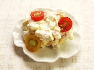 カッテージチーズとかまぼこの卵サラダ