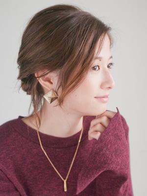 短くてもできる簡単まとめ髪