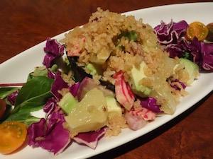 アボカドとフランス産スモーク合鴨のパワーサラダ/やさいの王様 日比谷店
