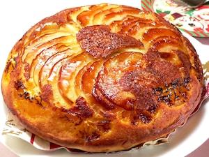 ホットケーキミックスでフルーツグラッセケーキ